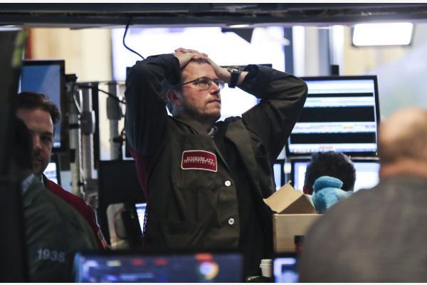 金沙网上娱乐澳门:全球股市大幅下挫原因何在?投资者如何应对?