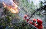 四川雅江森林火灾1500多人灭火过火面积已66公顷