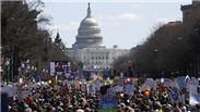 美国多地举行反枪支暴力游行