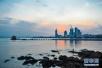 青岛常住人口929万8成本地人 年净增10万人左右