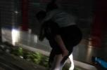 台州女子吃臭豆腐过敏昏迷街头,巡特警接力狂奔千米将其送医