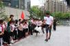 杭州一所小学竟然养了两匹马,纯英国进口的!孩子们激动坏了