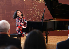 Malaysian pianist gives Chinese folk songs a modern twist