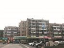 杭州机场轨道快线开始前期准备,朝晖一区三栋临街的房子贴出拆迁公告