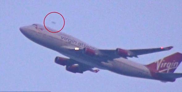 """纽约机场现""""ufo"""" 速度超过起飞客机"""