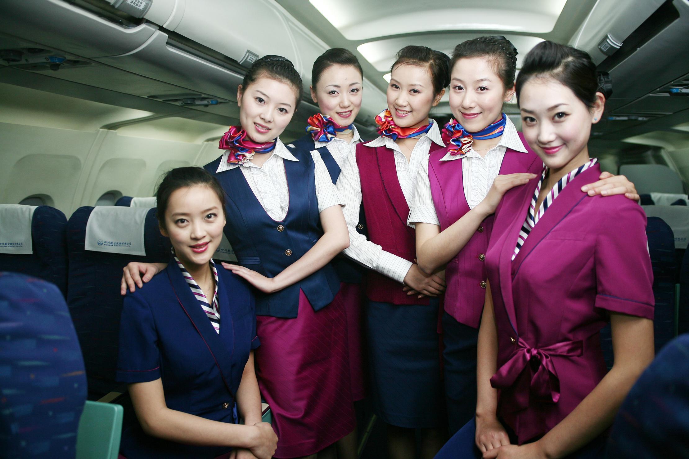 空姐频遭污名化的背后 她们在怕什么图片