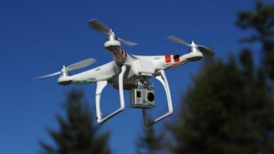 中国 无人机/核心提示:民航局会研究推行无人机实名制管理方式,3月4日...