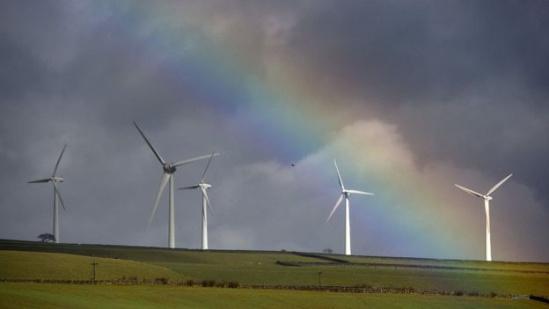 一些投资者认为,太阳能和风能可以带来更加稳定的收益。