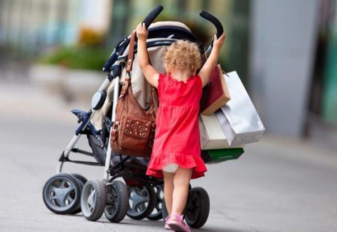 使用婴儿车 妈妈该知道的几件事