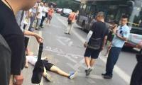 北京一公交站台发生命案 凶手逃跑(图)