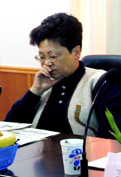 杨秀珠/国际红色头号通缉犯杨秀珠回国投案自首潜逃海外13年