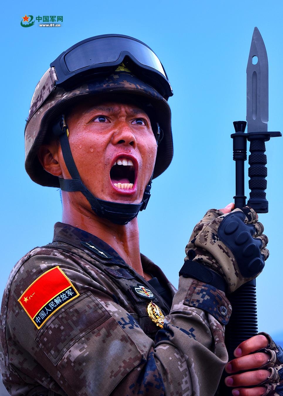 见证中国军人的担当