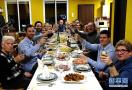 西班牙小镇的年夜饭