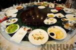春节离不开吃喝 如何做到饮食安全健康?