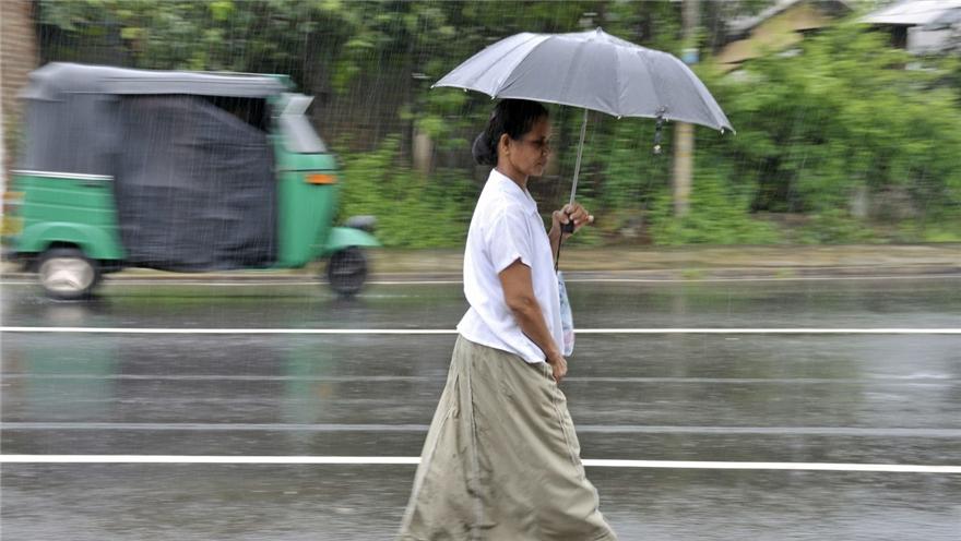 """新西兰 热带风暴""""吉塔""""带来强降雨"""