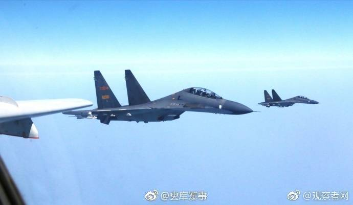 中国空军编队又来啦!