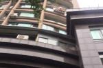 杭州4岁男孩从6楼坠落 快递哥伸出手一把接住