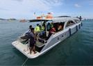 泰国游船倾覆救援