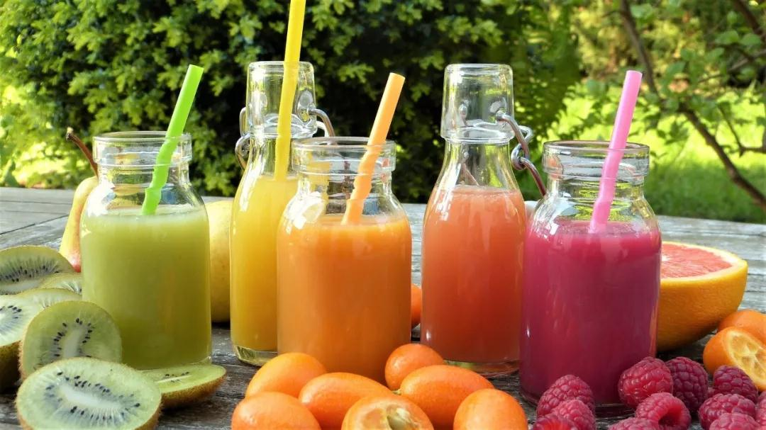 16岁男生患痛风原因竟然是每天喝果汁!