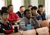 留学生回国求职薪酬收入低于留学花费 会不会后悔?