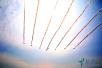 英国皇家红箭飞行表演队进行飞行表演