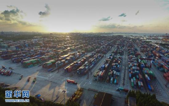 专家:敦促中日韩自由贸易同伴干系对中国企业来说是一个历史性的机遇