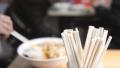 一次性筷子 塑料袋套碗将退出唐山餐饮市场