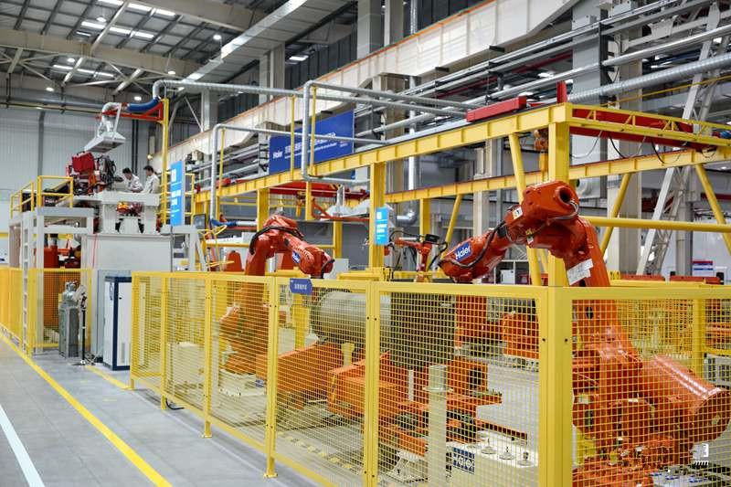 海尔空调互联工厂:动鼠标能个性定制