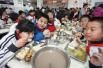 北京市教委:外供餐不得加工隔餐剩余食品!