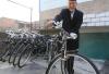 7旬老人收藏古董自行车 5万一辆也不卖