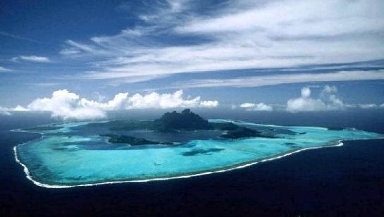 美媒:美军三次请求巡航黄岩岛 五角大楼拒绝