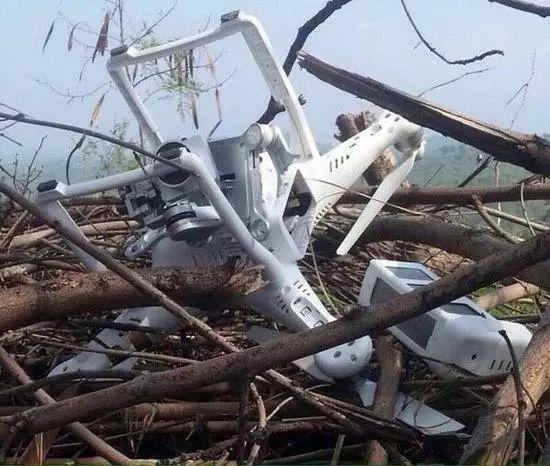▲资料图片:2015年7月巴基斯坦击落的印度无人机,该机为中国大疆公司制造。