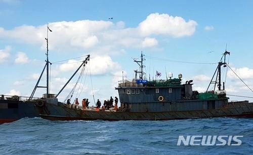 根廷击沉中国渔船_又一起!中国渔船再遭韩方扣押 被指未登记捕捞量