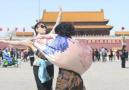 8级大风的北京街头