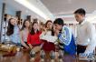 北京扩大对外开放新规:符合条件外籍人才可买房和购车