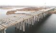 沈阳中央大街跨浑河桥紧张施工 成沈阳最长跨浑河桥