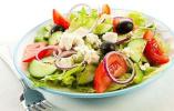 """轻食""""吃草""""减肥?专家:沙拉作主食营养不均衡"""