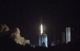 """""""鹊桥""""发射成功:人类看不到的月球背面,它如何为嫦娥四号照亮?"""