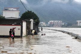 全国多地遭受暴雨侵袭:各地各部门采取了什么措施