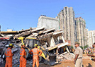 印度楼房倒塌现场