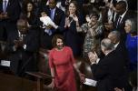 美国政府停摆之际新国会走马上任 南希·佩洛西当选众议院议长