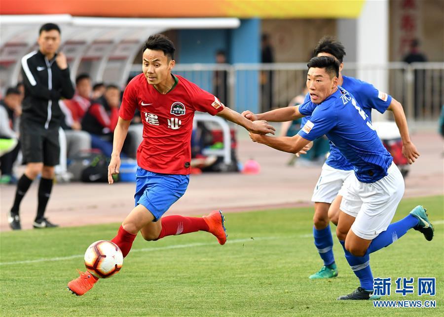 (体育)(17)足球——中超:上海绿地申花胜河南建业