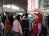 郑州汽车南站客流增多 以学生流为主