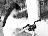 """郑州摩拜单车开锁""""卡壳"""" 市民无奈跑步上班"""