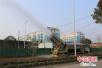 河南潢川县引进喷雾除尘车 净化空气质量