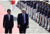 """日媒:日本在特朗普访日期间上演3幕""""轻喜剧"""""""