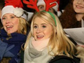 美女唱圣诞欢歌