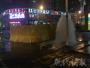 南京一处消防栓发生爆裂 现场水柱喷起两米高