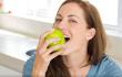 备孕女性看过来!研究称吃水果散步都有助怀孕
