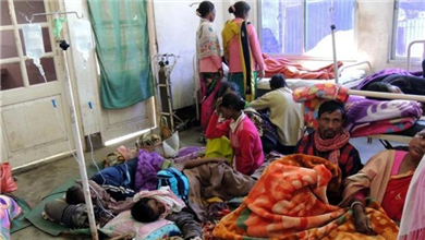 印度 假酒中毒致死人数升至156人